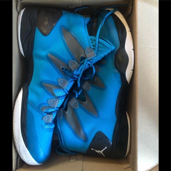 new concept 99f24 c4ee6 Jordan 28 SE xxvii powder blue size 12